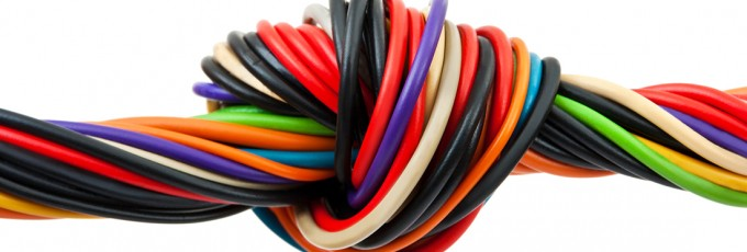 Main differences between cables and electrical hoses